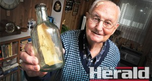 Colac's Graham Connor kept a bottle his father Edward threw into the ocean 100 years ago, which made its way back to Colac.