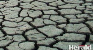 Lake-empty-drought